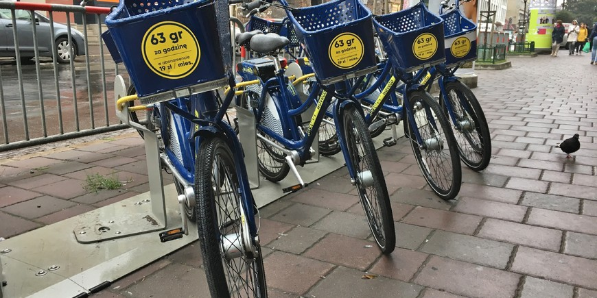 Wavelo bike share in Krakow