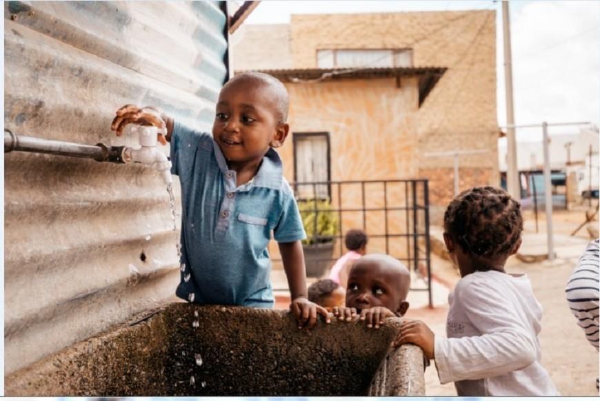 Children in Alexandra, Joburg. Photo by Rays of Hope