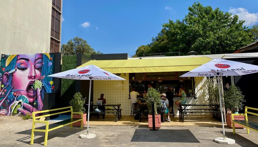 Blondie Bar on Gleneagles Road, Greenside