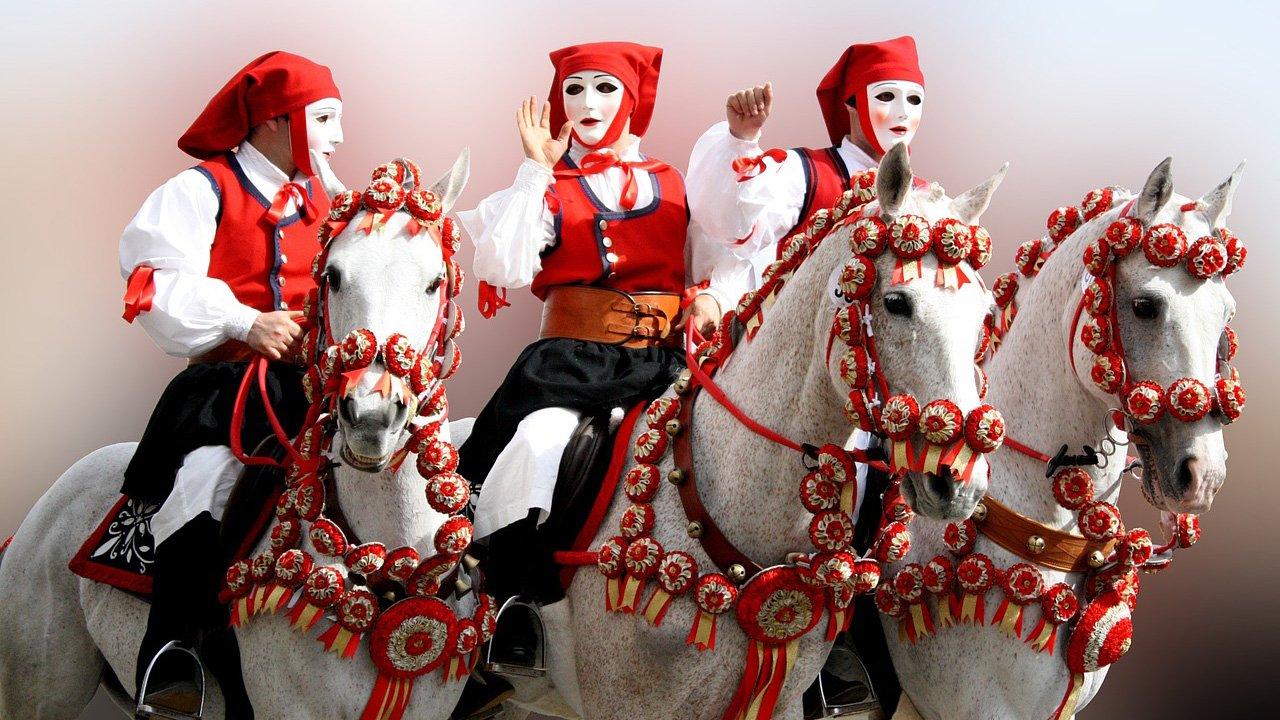 Sa Sartiglia 2020, Oristano's Equestrian Carnival © Fondazione Sa Sartiglia © Cogitosergiosum - pixabay.com