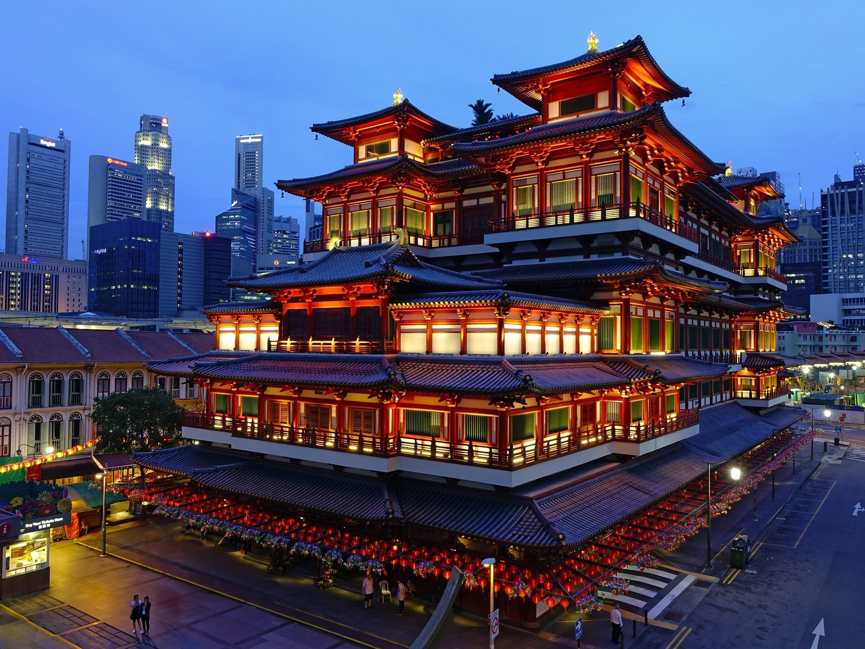 24 Hours in Singapore - Chinatown, Temple of the Tooth © Jason Goh from Pixabay