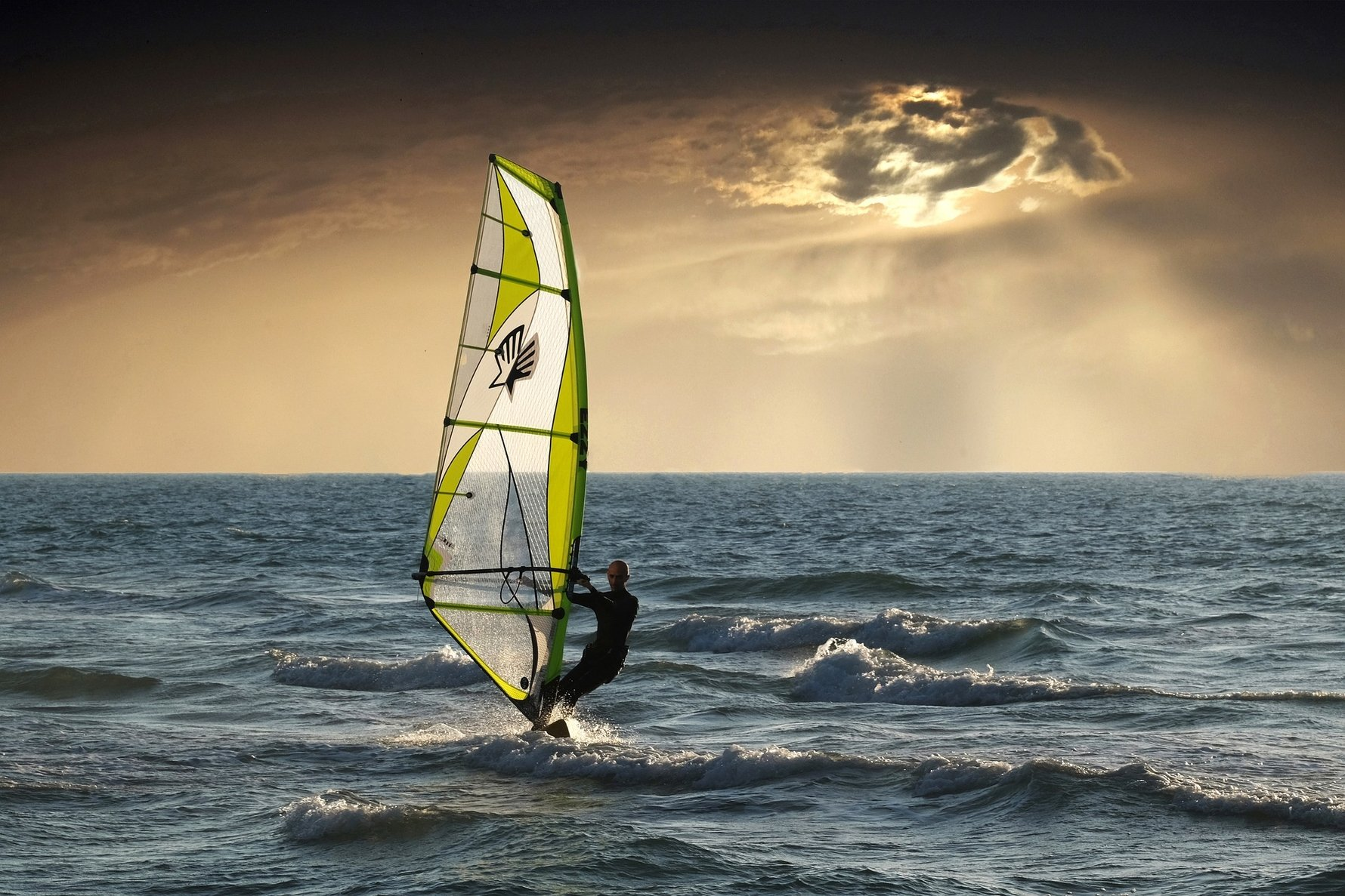 The 5 best places to windsurf in the USA © Slatin5757, Pixabay