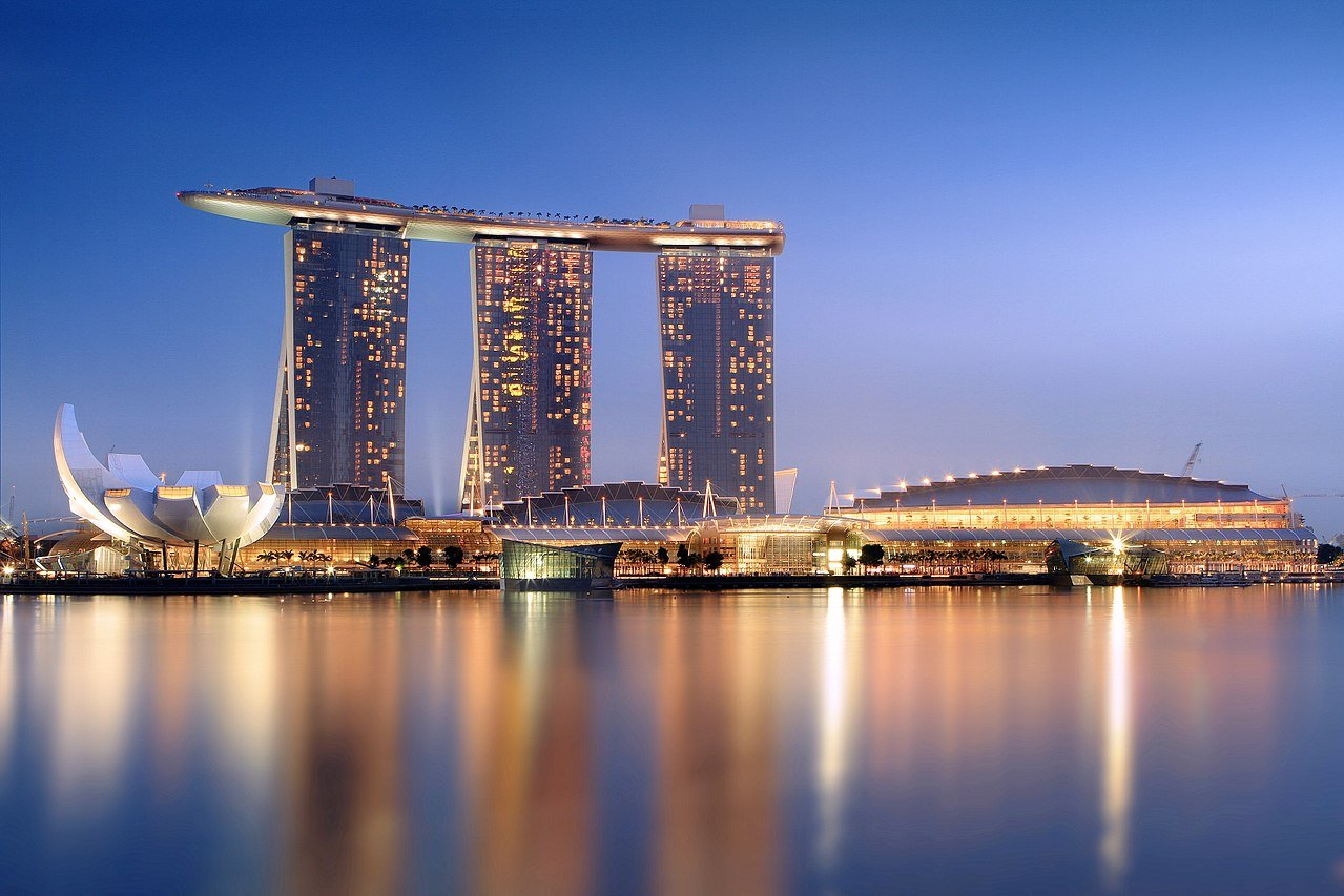 Best Casinos in London and Abroad - Marina Sands © CC