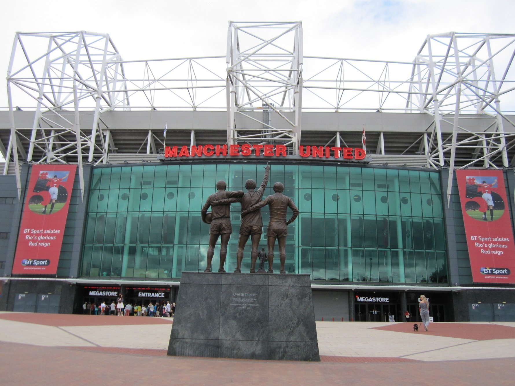 Guide to Old Trafford, Home of Manchester United in Manchester England © Karina Setiawan - Pixabay