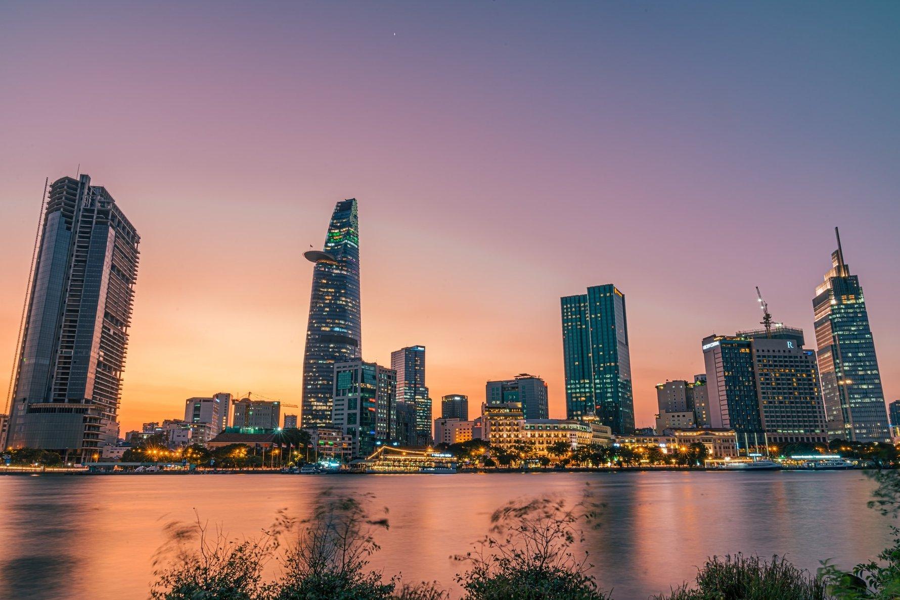 Tips for Vietnam on a Student Budget © doan-tuan-unsplash