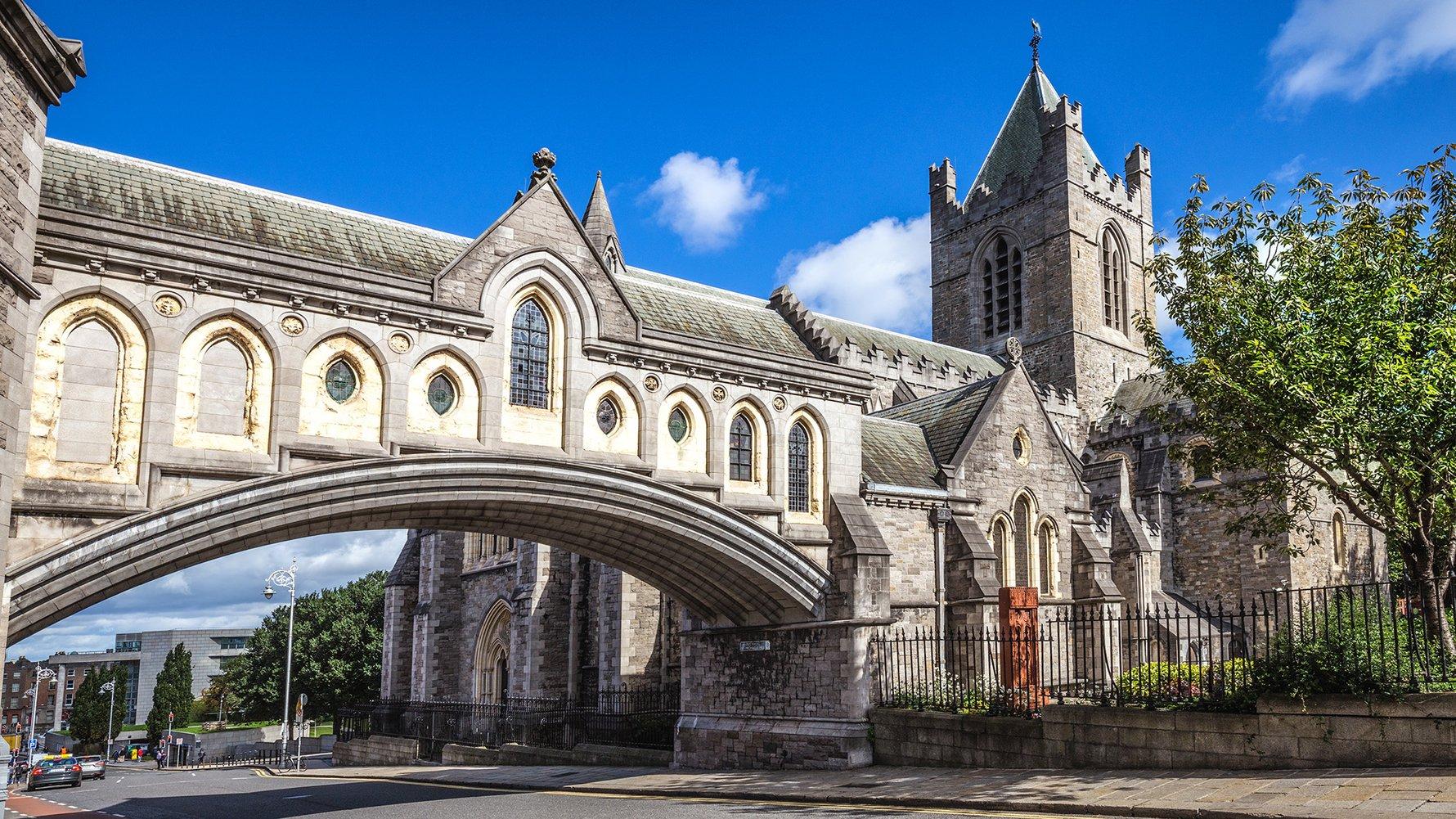 © C.Echeveste Shutterstock.com Christ Church Cathedral