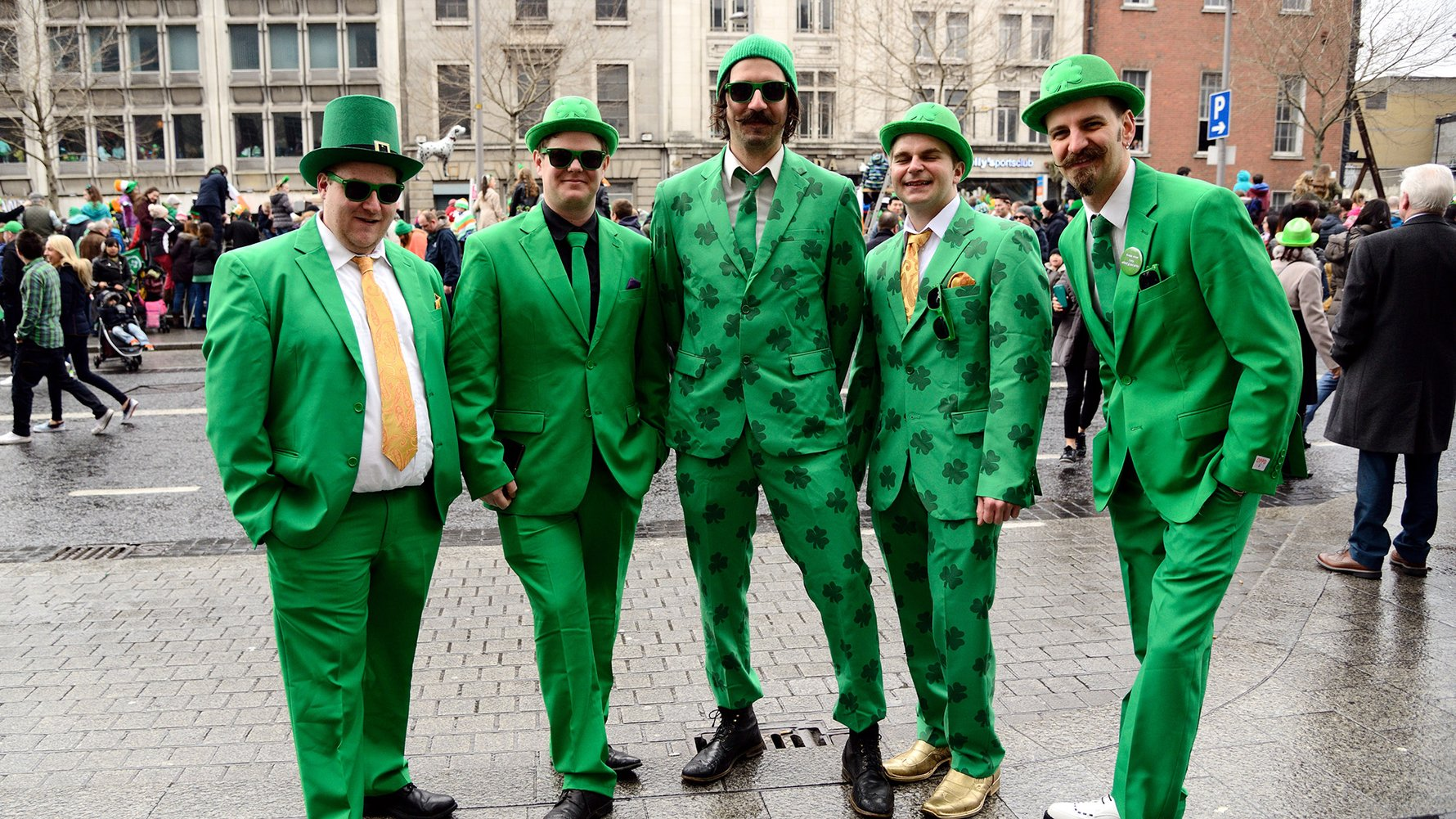 © Q Wang Shutterstock.com St. Patrick`s Day Parade in Dublin, Ireland