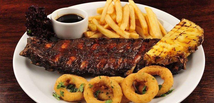 Classic Restaurant Steak Chips and Calimari