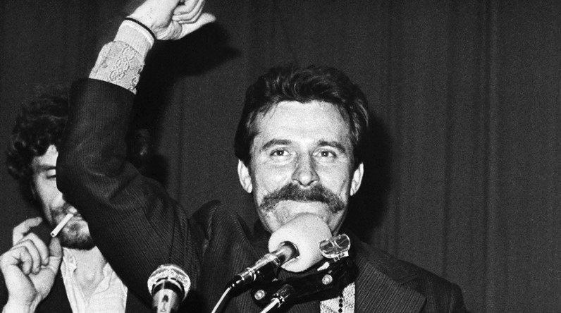 Lech speech at Strike in Gdansk Shipyards in August 1980 - Photo by Giedymin Jabłoński