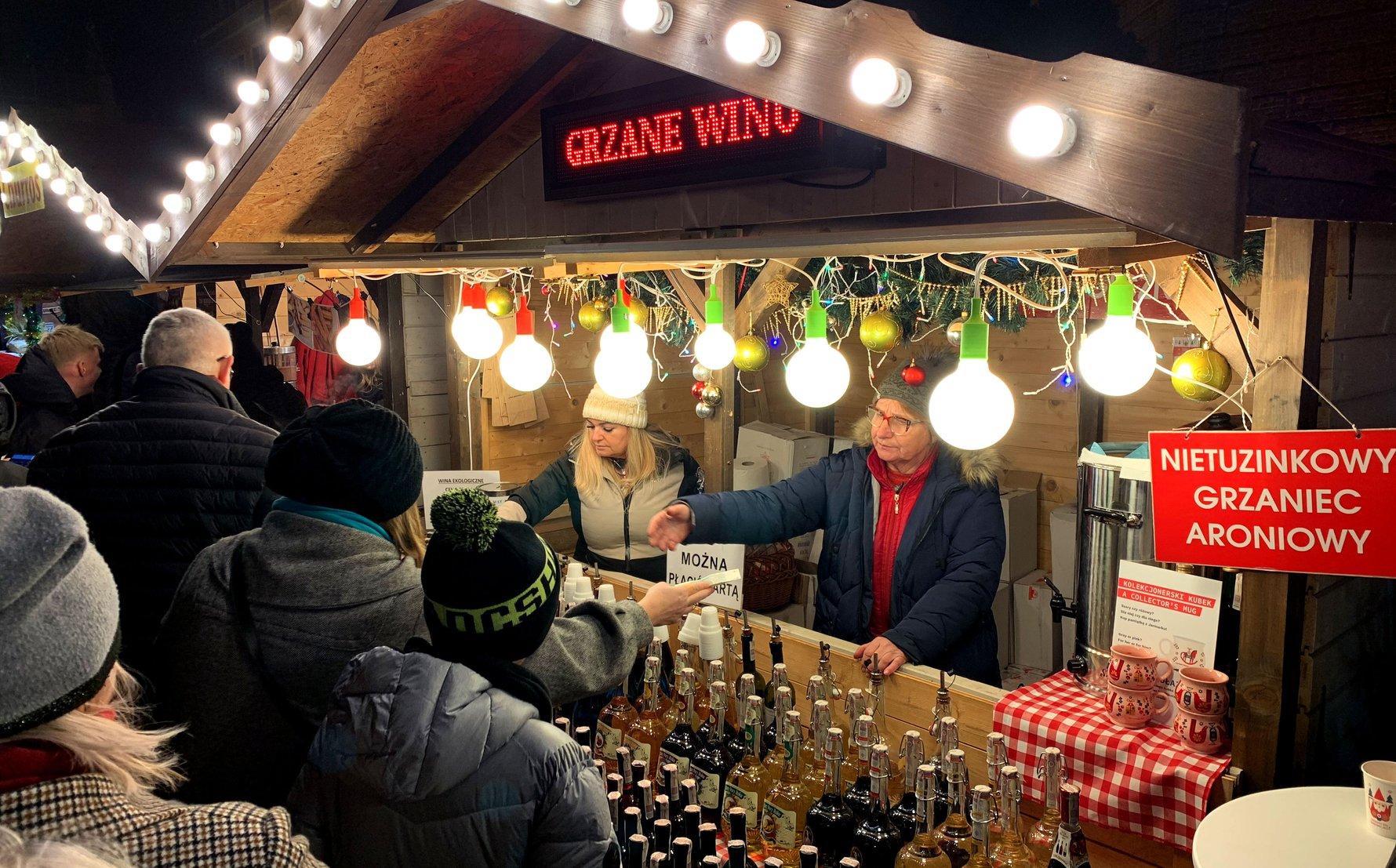 Grzane Wino stall at Gdańsk Christmas Markets