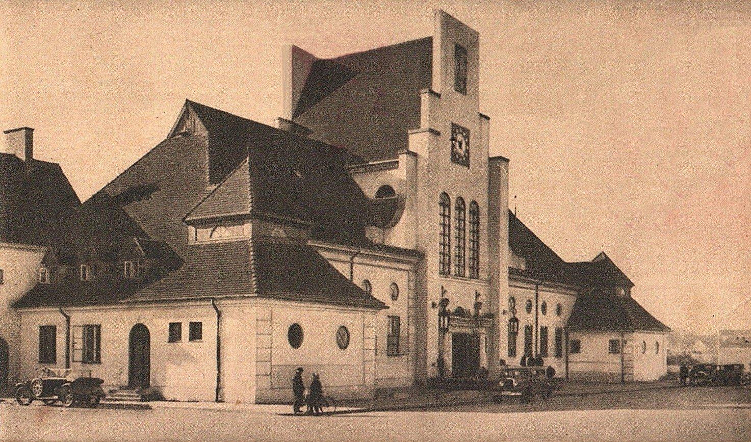 Gdynia Głowna, 1926-30. Photo source: Aukcje Internetowe / Fotopolska.pl