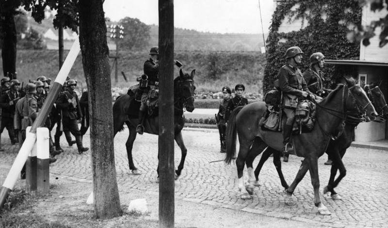 German Troops crossing the Polish border near Gdynia, September 1939