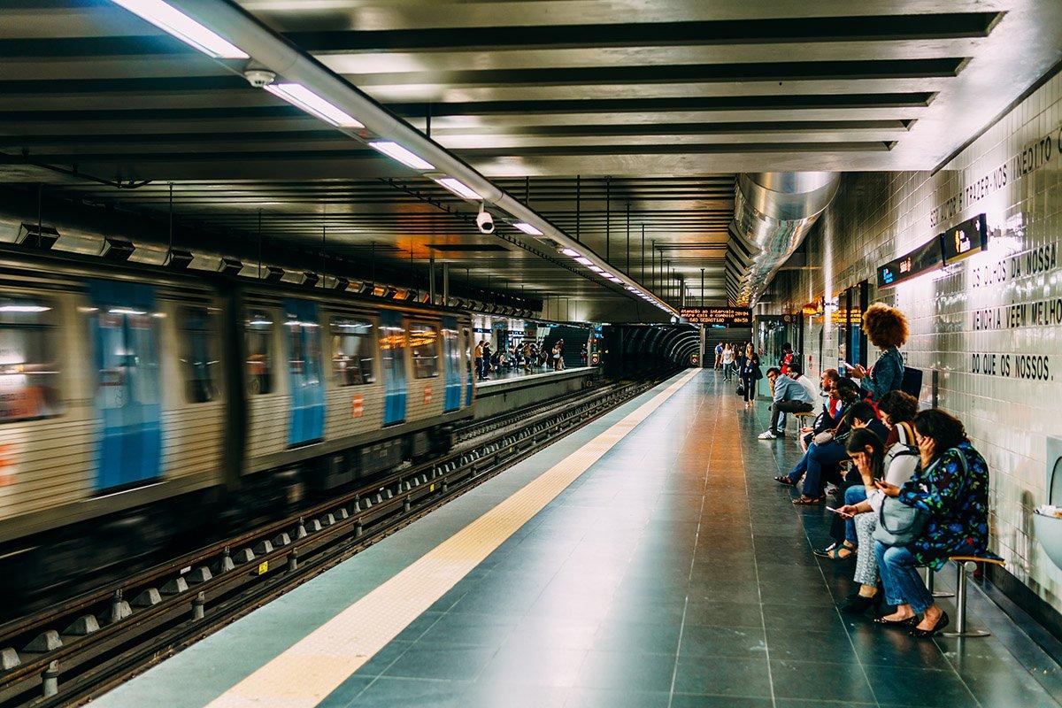Lisbon Airport Metro