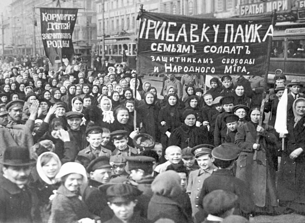 International Women's Day in Russia, St Petersburg, Feb 1917 © Public Domain