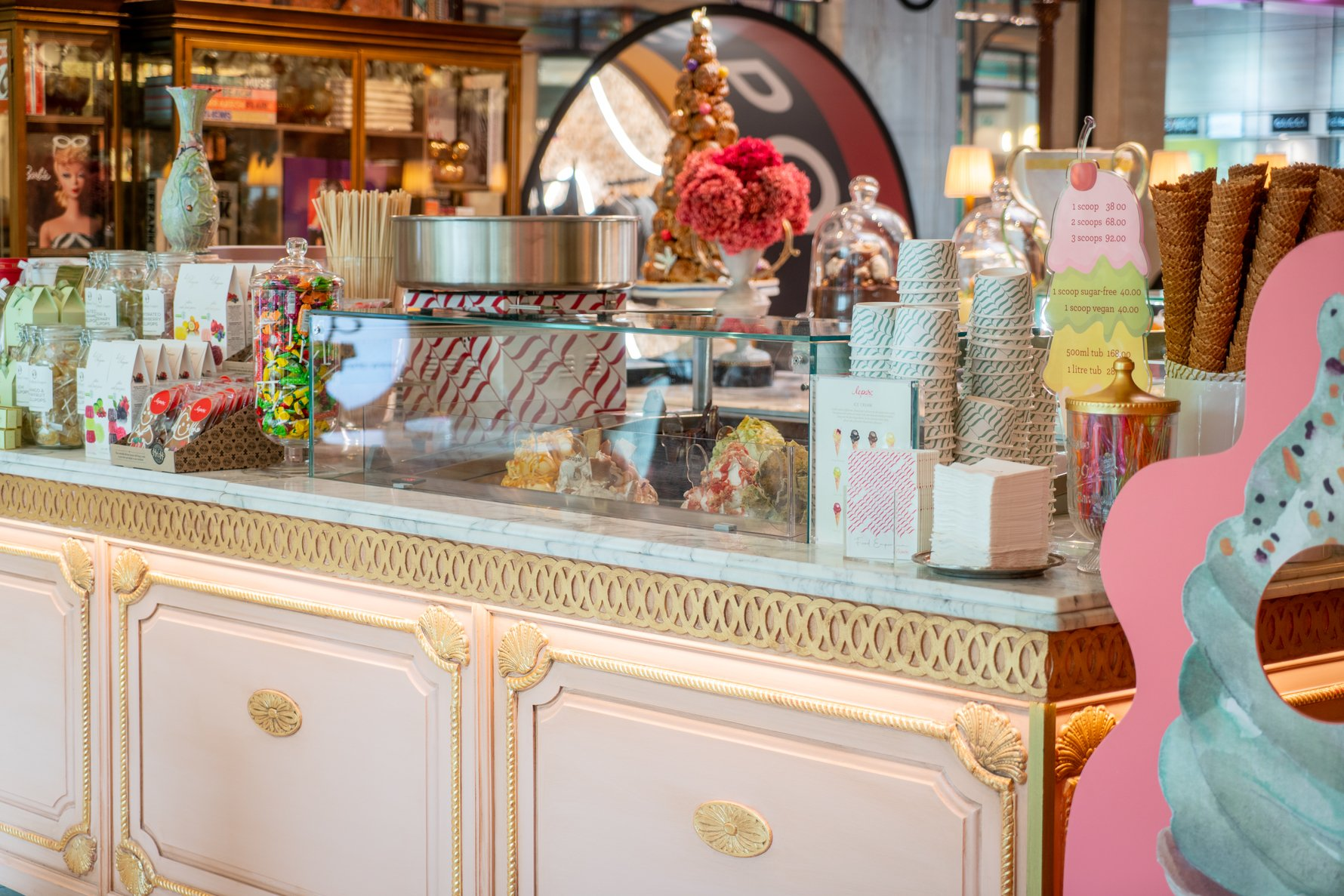 Candy for kids and adults at Le Parc by tashas
